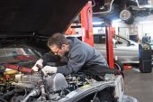 Top 10 Things to Look For in a Trusted Auto Mechanic