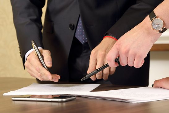 5 Tips on How To Hire an Attorney