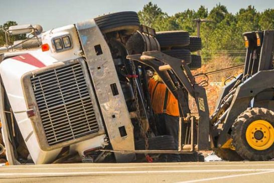 Investigating Into Truck Accidents & Heavy Equipment Failures: An Overview!